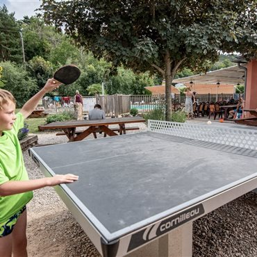 Table de jeux, camping La Dourbie, Aveyron