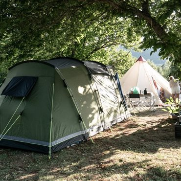CampingCamping Dourbie, emplacement bord de rivière Gorges du Tarn - Flower camping